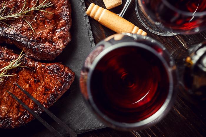 Welcher Wein passt zu Fisch und Fleisch?